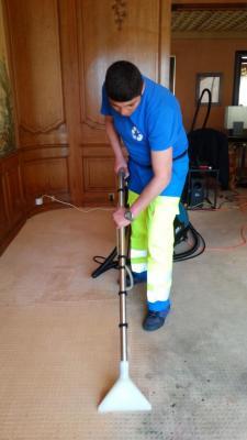 Nettoyage moquette par injection extraction for Nettoyage moquette